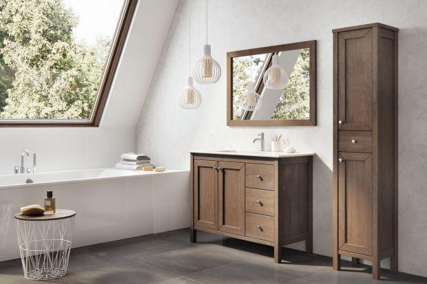 Ponadczasowe, eleganckie, przytulne, a obecnie również na topie. Zobaczcie 10 pięknych kolekcji mebli łazienkowych w kolorze drewna.