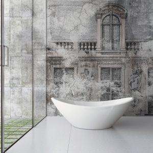Łazienka z tapetą z kolekcji Luigi XVII. Fot. Instabilelab