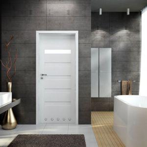 Drzwi łazienkowe z kolekcji Versano. Fot. Invado