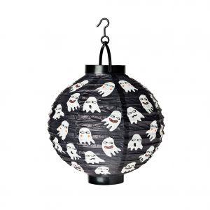 Urokliwe, ale gotowe żeby straszyć - wesołe duszki zdobią czarny lampion marki Flying Tiger Copenhagen, który z powodzeniem możemy zawiesić w łazience. Fot. Flying Tiger Copenhagen