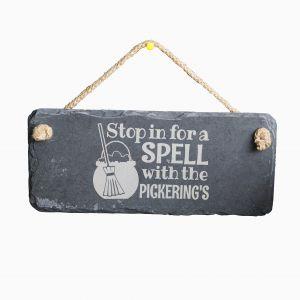 Brytyjska marka Getting Personal proponuje stalowe zawieszki na drzwi do... chaty czarownicy. Fot. Gettin Personal