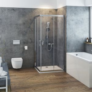 Jednym z najpopularniejszych zastosowań szkła w łazience są oczywiście kabiny prysznicowe. Kiedyś ich ścianki i drzwi były wykonywane z przeźroczystego plastiku, dzisiaj producenci używają hartowanego szkła. Na zdjęciu kabina 200 firmy Excellent. Fot. Excellent