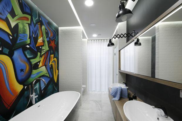 Pomysłów na ścianę w łazience jest bez liku. 14 prezentujemy w naszej galerii.
