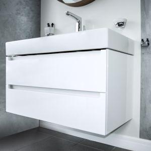Meble łazienkowe z linii White. Fot. Vigour
