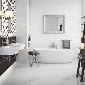 Czarno-biała łazienka z płytkami z kolekcji Magnifique. Fot. Opoczno