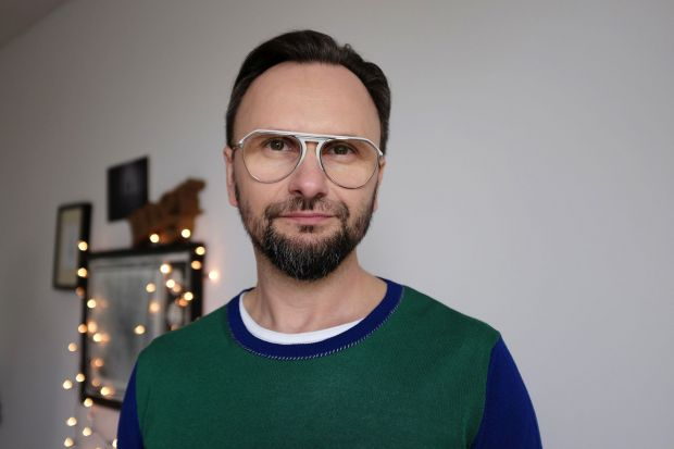 """Projektant wnętrz z zamiłowania, pasji i zawodu, prowadzący program """"Meblokreacje"""" na antenie Domo+ będzie prelegentem zbliżającego się Forum Dobrego Designu."""