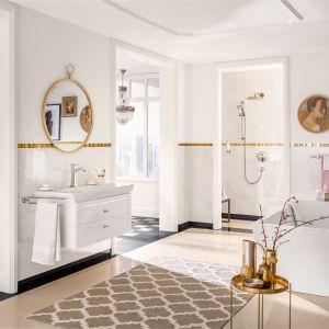 Aranżacja klasycznej łazienki z armaturą z serii Metropol Classic firmy Hansgrohe. Fot. Hansgrohe