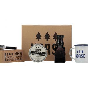 Idealny prezent dla panów ceniących tradycję - komplet akcesoriów do golenia Norse w stylu retro. Cena: 329 zł. Fot. Westwing