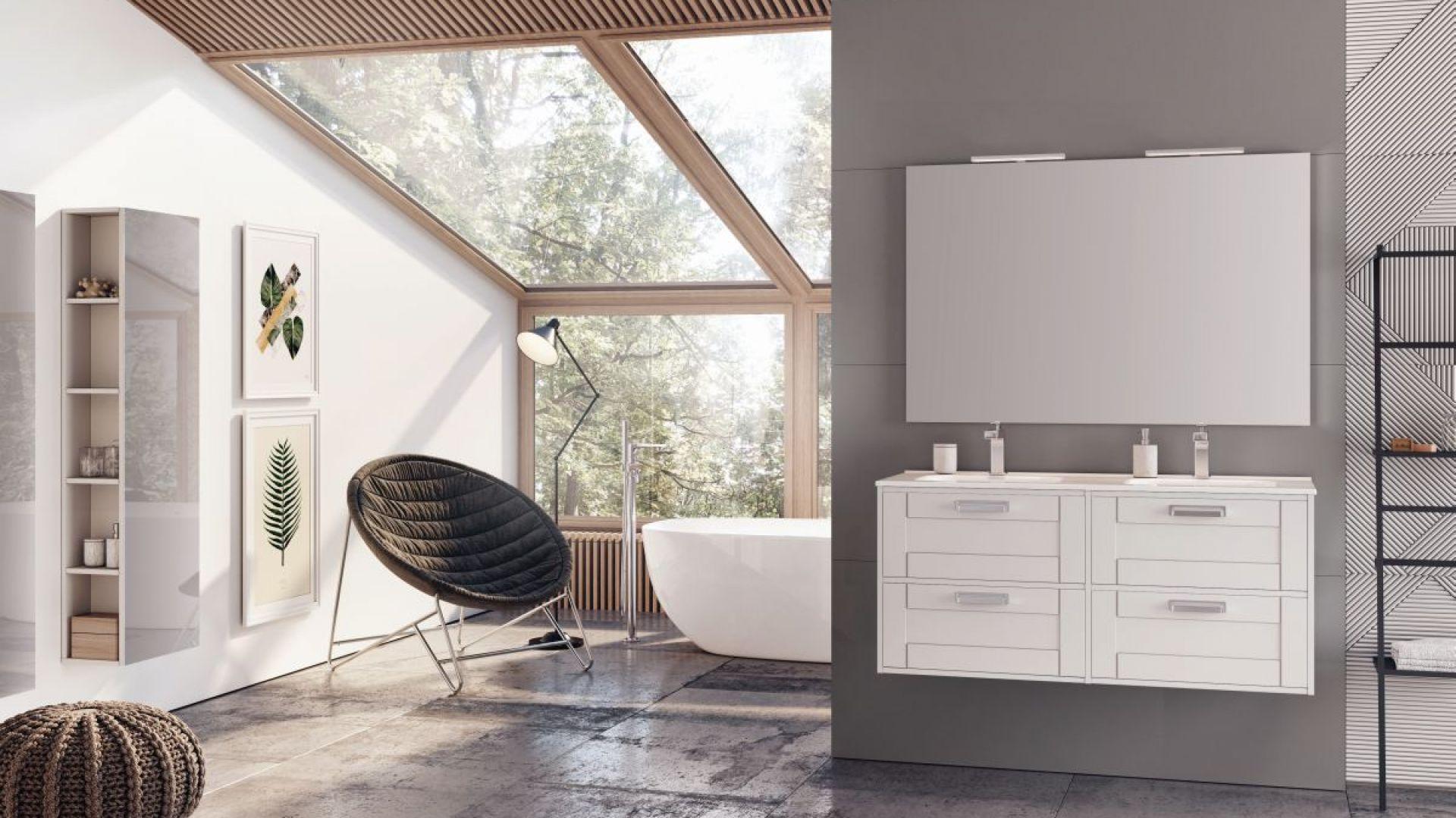 Białe meble łazienkowe z kolekcji Inge. Fot. Elita