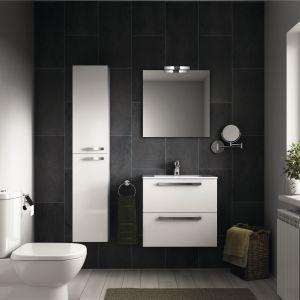 Białe meble łazienkowe z kolekcji Tempo. Fot. Ideal Standard