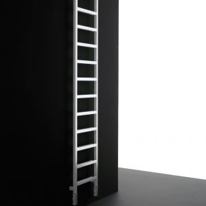 Grzejnik Upper Alu firmy Adhoc. Fot. Adhoc/Materiały prasowe Home Concept