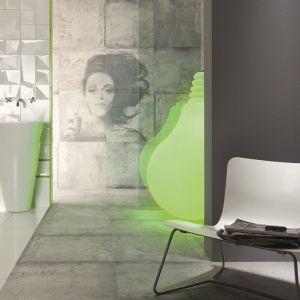 Soczysta zieleń Greenery jako kolor roku była sporym zaskoczeniem po wyciszonych odcieniach pastelowych różów i błękitów. Fot. Tubądzin, na zdjęciu płytki z kolekcji Tempelhof w aranżacji ożywionej soczystą zielenią