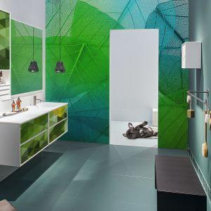 Żywa zieleń Greenery królowała w łazienkowych aranżacjach producentów zwłaszcza w pierwszych miesiącach roku 2017, wprowadzając do łazienek życie. Fot. Pixers