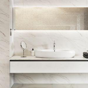 Płytki ceramiczne z kolekcji Carrara Pulpis firmy Opoczno imitujące marmur Carrara. Fot. Opoczno