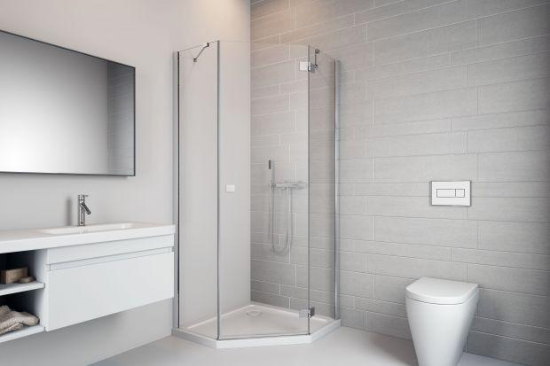 Sposób na małą łazienkę: kabina pięciokątna
