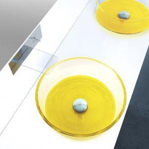 Szklane umywalki w żółtym kolorze z kolekcji Katino Drop marki Glass Design. Fot. Glass Design