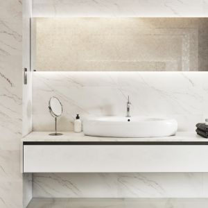 Trendy 2018: płytki ceramiczne imitujące beton. Na zdjęciu kolekcja Carrara Pulpis marki Opoczno. Fot. Opoczno
