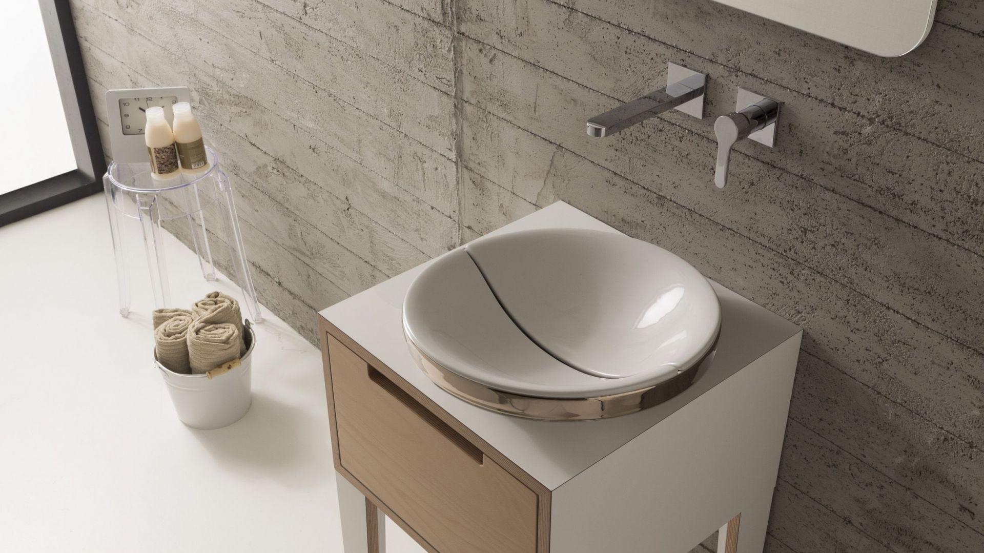 Okrągła umywalka z serii Mizu marki Scarabeo Ceramiche. Fot. Scarabeo Ceramiche