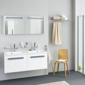 Białe meble łazienkowe z kolekcji Koncept Chrome marki Ravak. Fot. Ravak