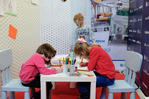 Na stoisku Dobrze Mieszkaj w trakcie Dni Otwartych 4 Design Days, w strefie dla małych artystów i przyszłych architektów odbył się konkurs na najładniejsze rysunki wymarzonego domu.