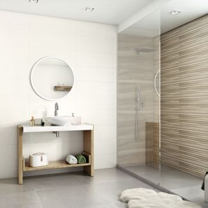 Aranżacja łazienki z podziałem kolorystycznym na poszczególne strefy. Na zdjęciu kolekcja płytek Daikiri. Fot. Ceramika Paradyż