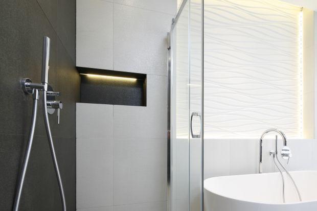 Wnęki i nisze w łazience to równie praktyczny, co efektowny sposób na urozmaicenie aranżacji łazienki.