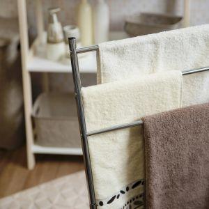Funkcjonalne stojaki na ręczniki. Fot. Galicja dla Twojego Domu