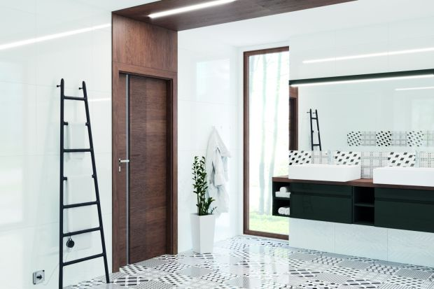 Drzwi wejściowe do łazienki to nie tylko element wnętrza zapewniający intymność, ale również część wystroju pomieszczenia, wpływająca na jego ogólny charakter.
