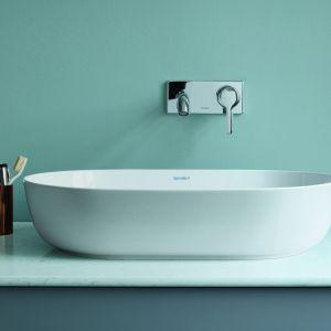 Nablatowa umywalka z serii Luv marki Duravit. Fot. Duravit