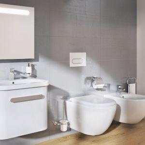 Białe meble łazienkowe z konceptu Chrome marki Ravak. Fot. Ravak