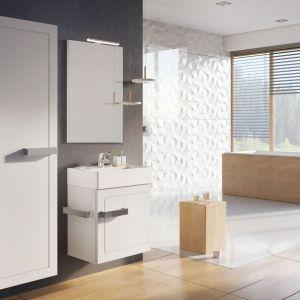 Białe meble łazienkowe z kolekcji Qubic marki Elita. Fot. Elita