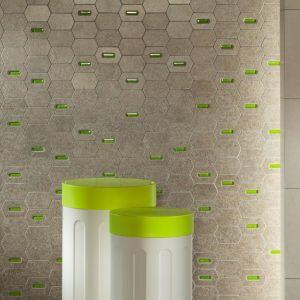 Mozaika ścienna z kolekcji Lemon Stone marki Tubądzin z zielonymi motywami. Fot. Tubądzin