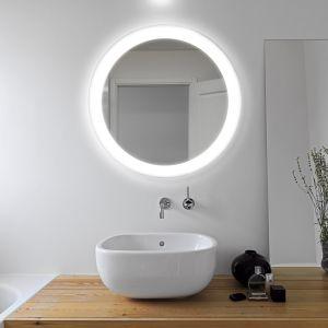 VOLANTE – lustrzana tafla w kształcie koła została oświetlona wzdłuż obwodu; wykonane z najwyższej jakości kryształowych tafli pokrytych specjalną powłoką zabezpieczającą przed działaniem wilgoci; możliwość wyboru barwy oświetlenia; może stanowić jedyne źródło światła w łazience. Fot. Ruke
