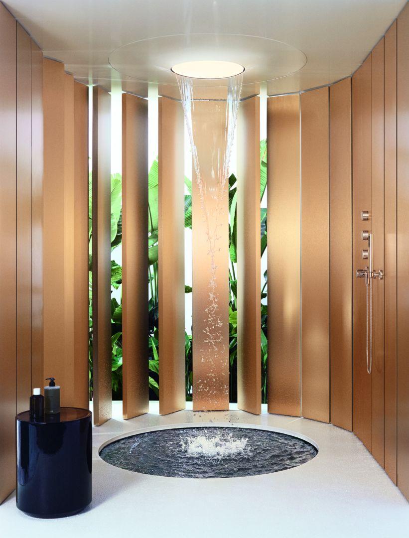 Aquamoon charakteryzuje się wyjątkowo minimalistycznym designem, który kładzie nacisk na wyjątkowy odbiór wody. Fot. Dornbracht