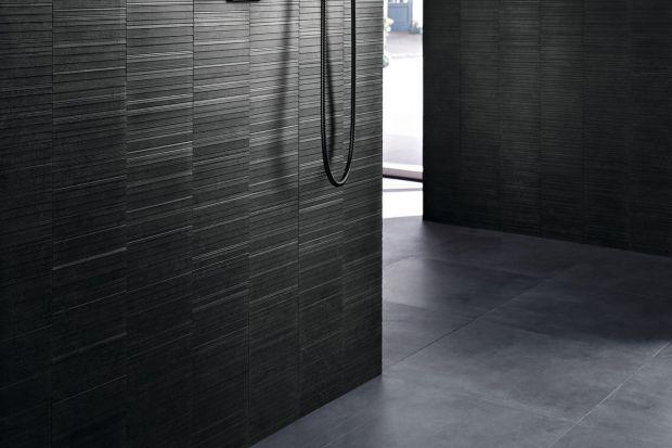 W nowoczesnych strefach prysznica podłoga często stanowi wizualną całość z podłogą w całej łazience. Zobaczcie odpływ, który idealnie sprawdzi się właśnie w takich aranżacjach.