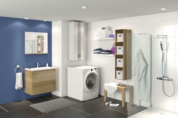 Ogrzewacze wody wcale nie muszą psuć aranżacji łazienki. Zobaczcie elektryczny model o smukłej formie.