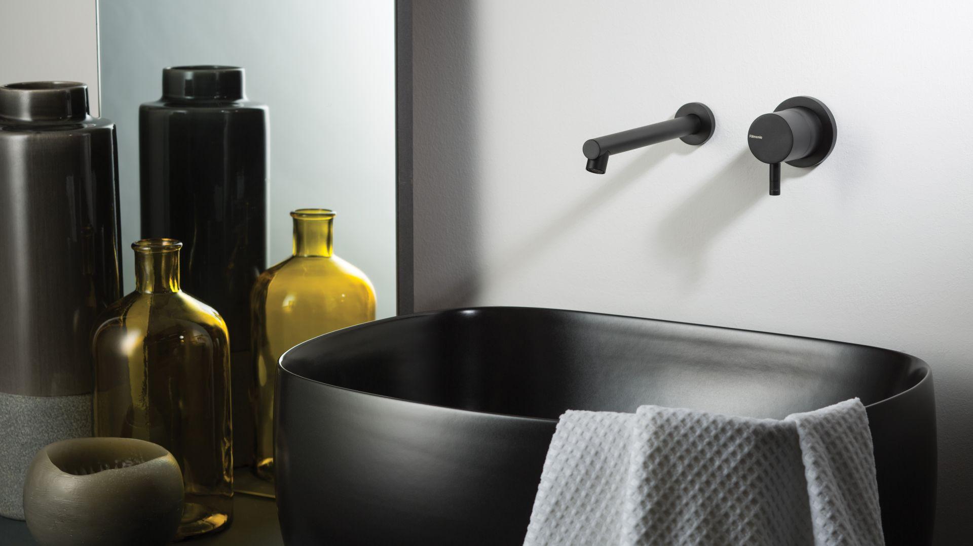 Bateria umywalkowa z kolekcji Diametro35BW marki Ritmonio, w czarnym matowym wykończeniu. Fot. Ritmonio