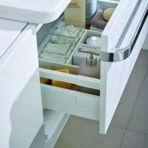 Organizacja szuflady w meblach łazienkowych Tonic II. Fot. Ideal Standard