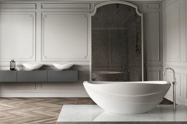 Wanna wolnostojąca często pełni rolę ozdobną w łazience. Niektóre modele są wręcz do tego stworzone!
