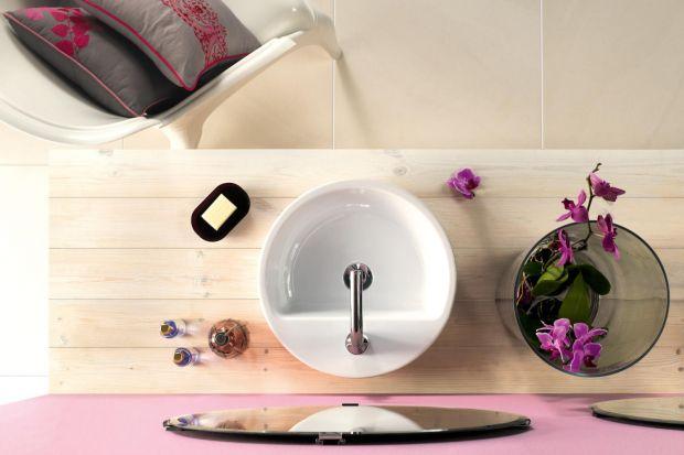 Klasyczne, okrągłe umywalki cieszą się dużą popularnością ze względu na swoje uniwersalne, subtelne wzornictwo. Zobaczcie 5 eleganckich modeli.