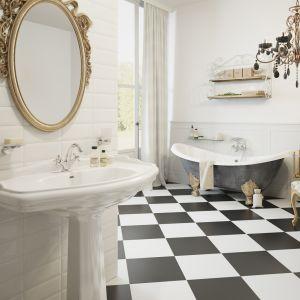 Aranżacja łazienki w stylu klasycznym. Na zdjęciu baterie z serii Retro New marki Ferro. Fot. Ferro