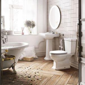 Aranżacja łazienki w stylu klasycznym. Na zdjęciu wyposażenie z serii Carmen marki Roca. Fot. Roca