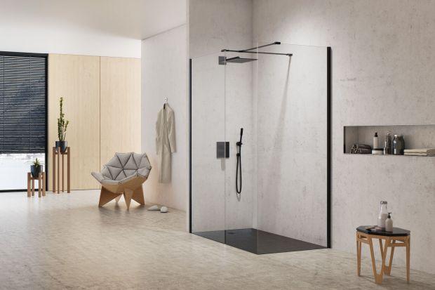 Modna strefa prysznica: 5 pomysłów na płaski brodzik
