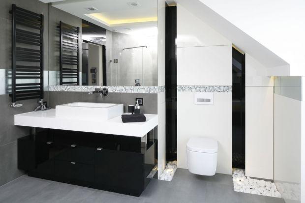 Meble lakierowane na wysoki połysk to praktyczne rozwiązanie do aranżacji łazienek. Zobaczcie jak prezentują się w polskich domach!