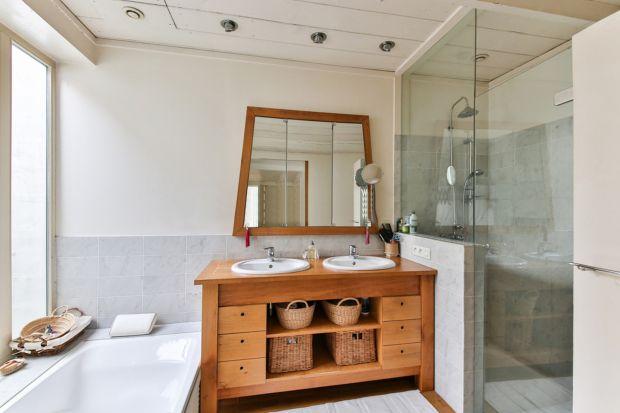 Wilgoć w łazience: jak sobie z nią radzić?
