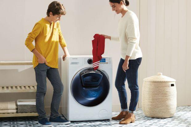 Krótka historia prania: od kijka i tarki po nowoczesne technologie