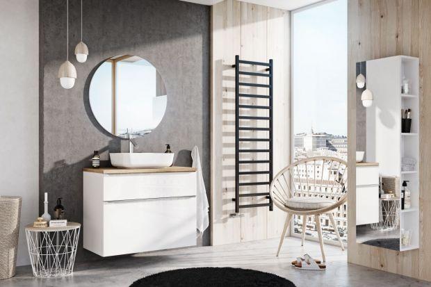 Wybierając meble łazienkowe warto zwrócić uwagę zarówno na wzornictwo dostępnych rozwiązań, jak i ich elementy funkcjonalne. Poznajcie nowoczesną kolekcję, wyposażoną w praktyczne rozwiązania.