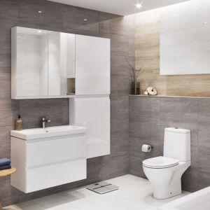 Technologia semi back-to-wall sprawia, że kompakt WC gładko przylega do ściany. Na zdjęciu kolekcja Moduo. Fot. Cersanit