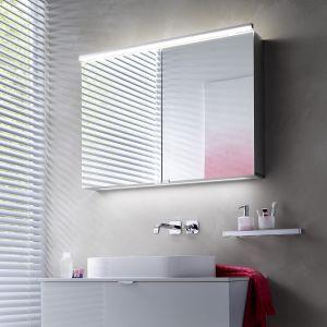 Propozycja do małej łazienki: szafka lustrzana Asis Pure marki Emco. Fot. Emco