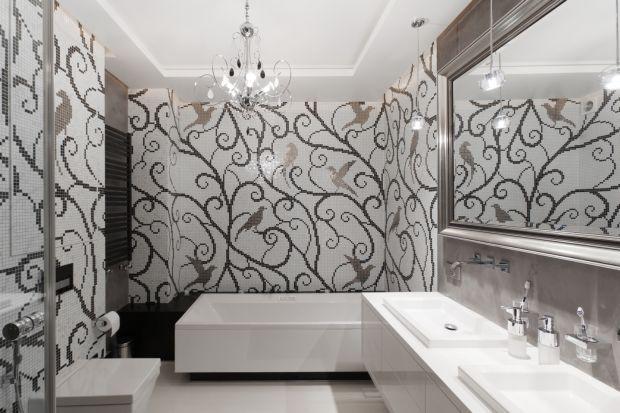 """W duchu zbliżającego się karnawału, prezentujemy Wam 10 projektów łazienek urządzonych """"na bogato"""", ale z wyczuciem. Zobaczcie jak eleganckie mogą być wystroje łazienek!"""